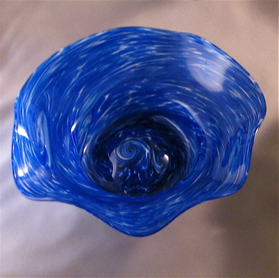Crinkle Bowl - Small, blue and white