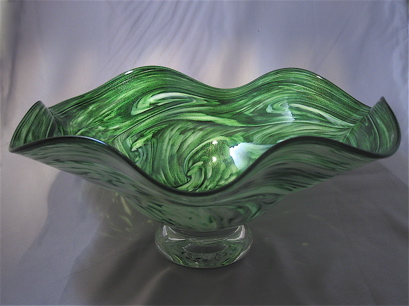 Crinkle Bowl - adventurine green and white with foot